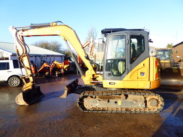 CASE CX80C EXCAVATOR - Picture 3