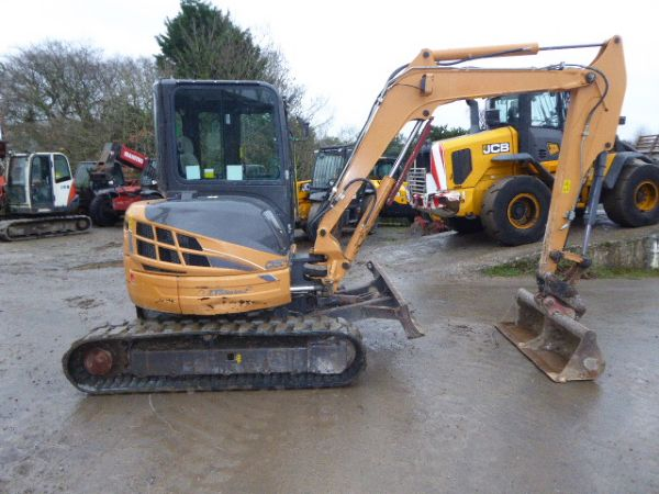 CASE CX50B EXCAVATOR - Picture 1