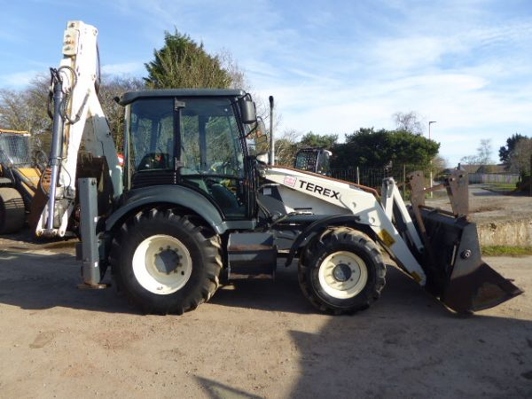 TEREX 880 BACKHOE LOADER