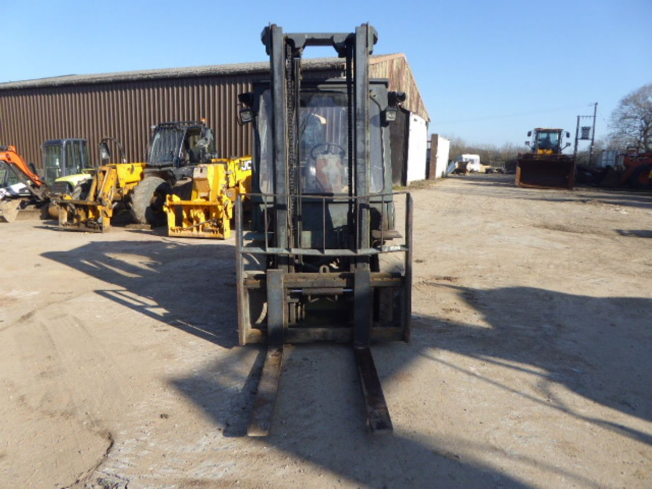 DAEWOO D40SC-2 FORKLIFT - Picture 4