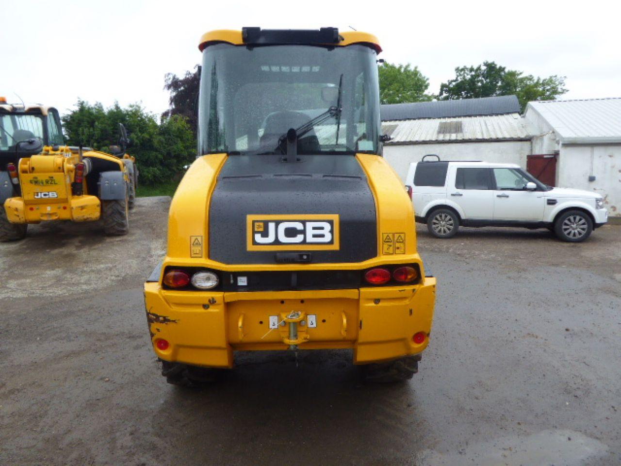 JCB TM220 TELEHANDLER - Picture 2