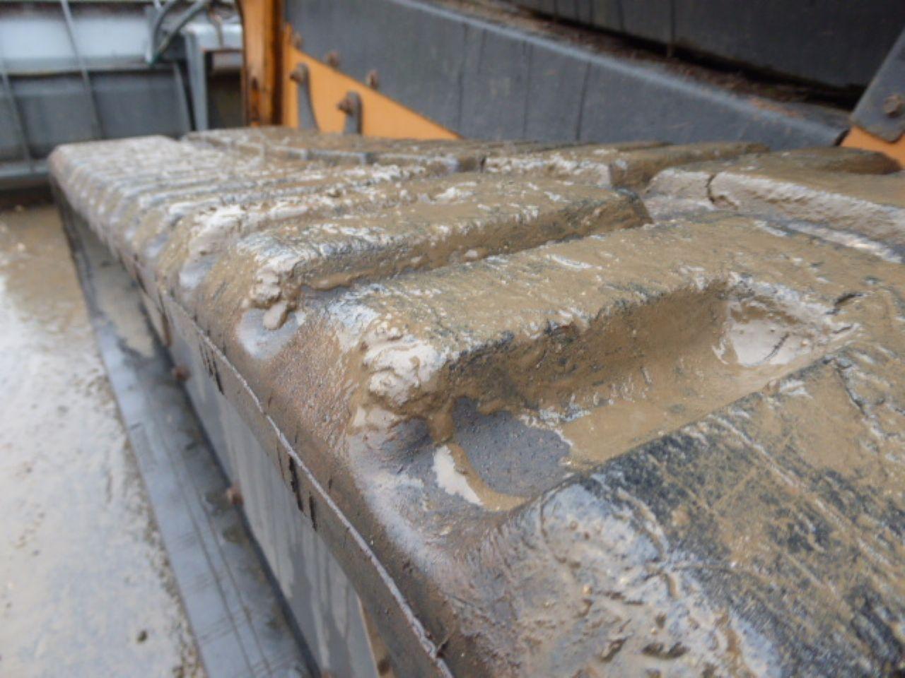 CASE TR320 TRACKED SKIDSTEER LOADER - Picture 5