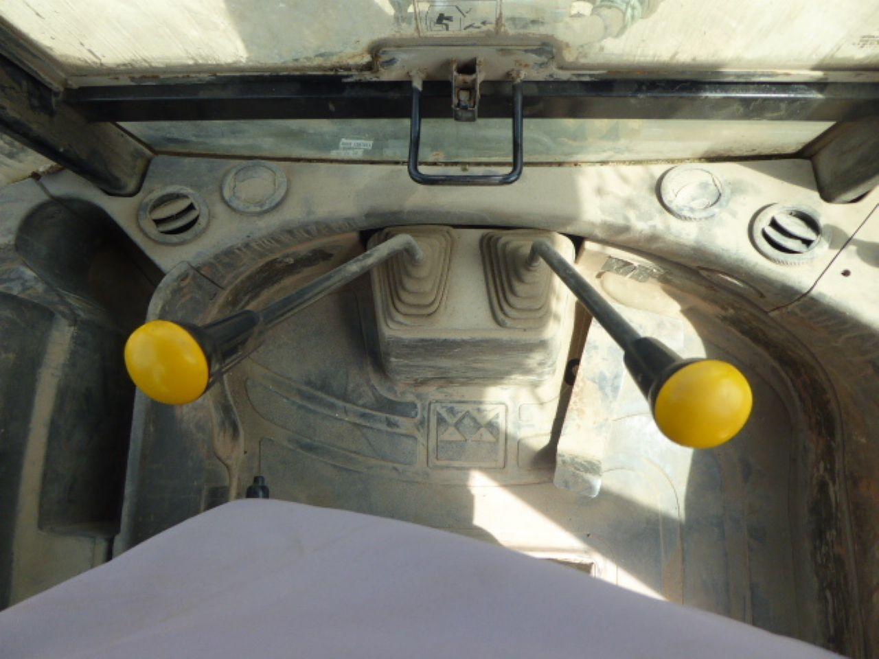 TEREX 860 ELITE SPECIAL EDITION BACKHOE LOADER - Picture 7