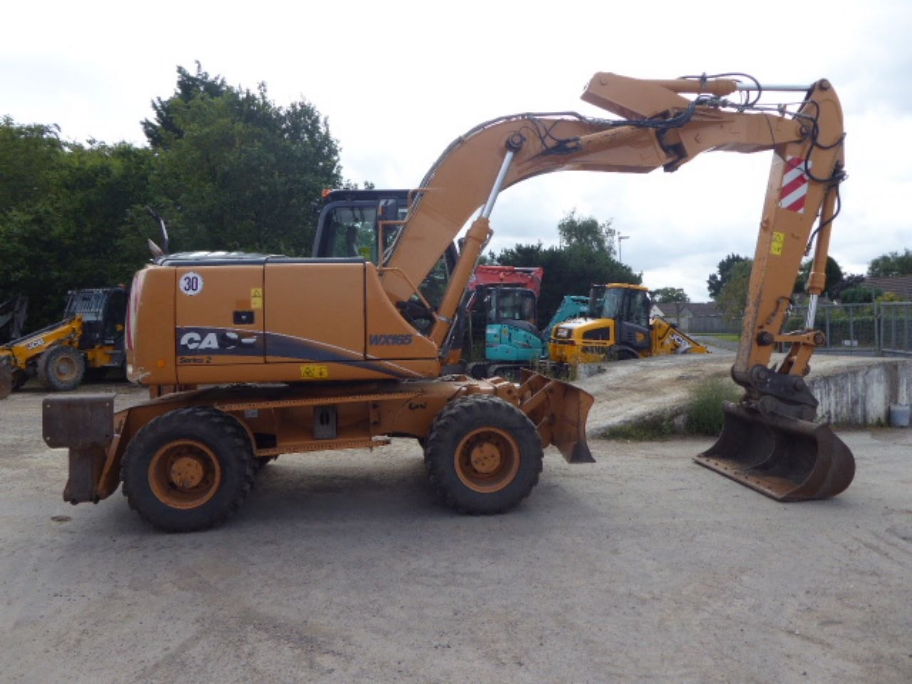 CASE WX165 WHEELED EXCAVATOR - Picture 1
