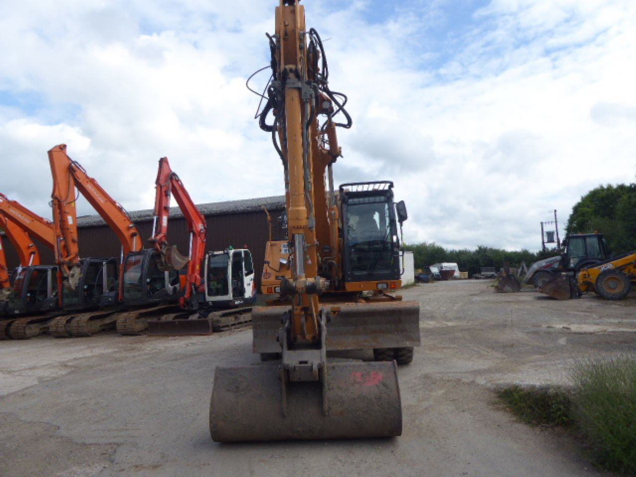 CASE WX165 WHEELED EXCAVATOR - Picture 4