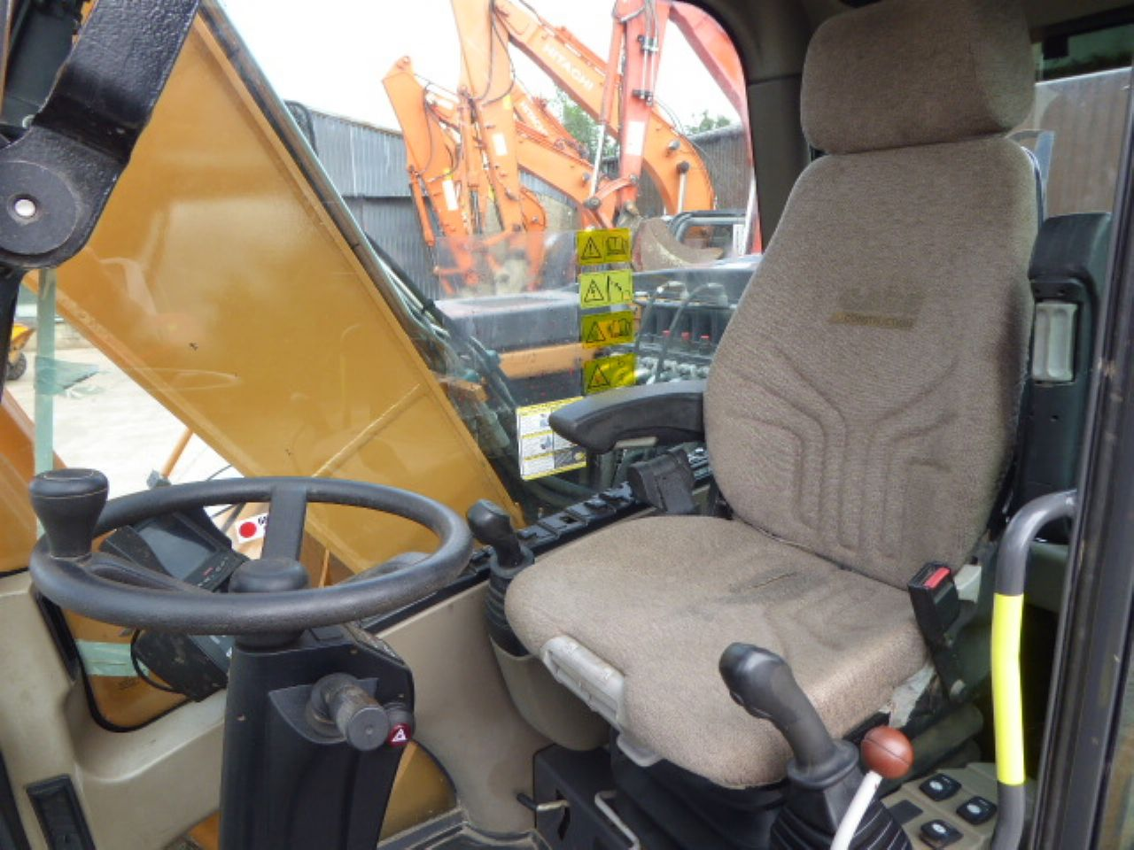 CASE WX165 WHEELED EXCAVATOR - Picture 6