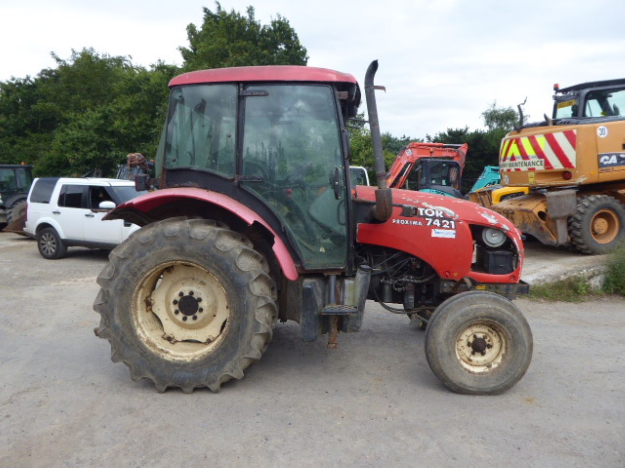 ZETOR 7421 TRACTOR - Picture 1