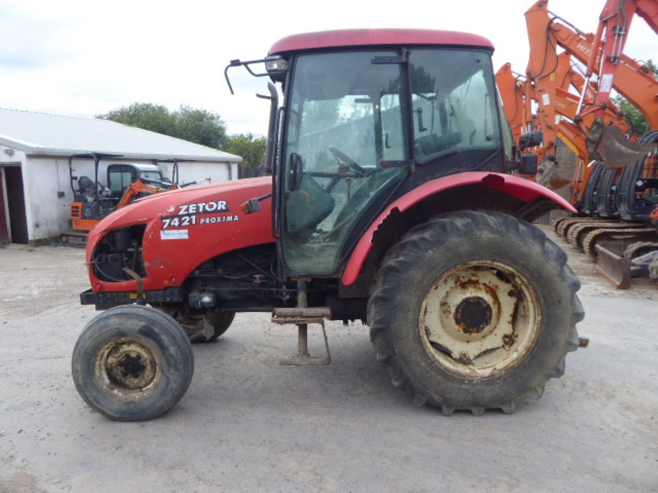 ZETOR 7421 TRACTOR - Picture 3