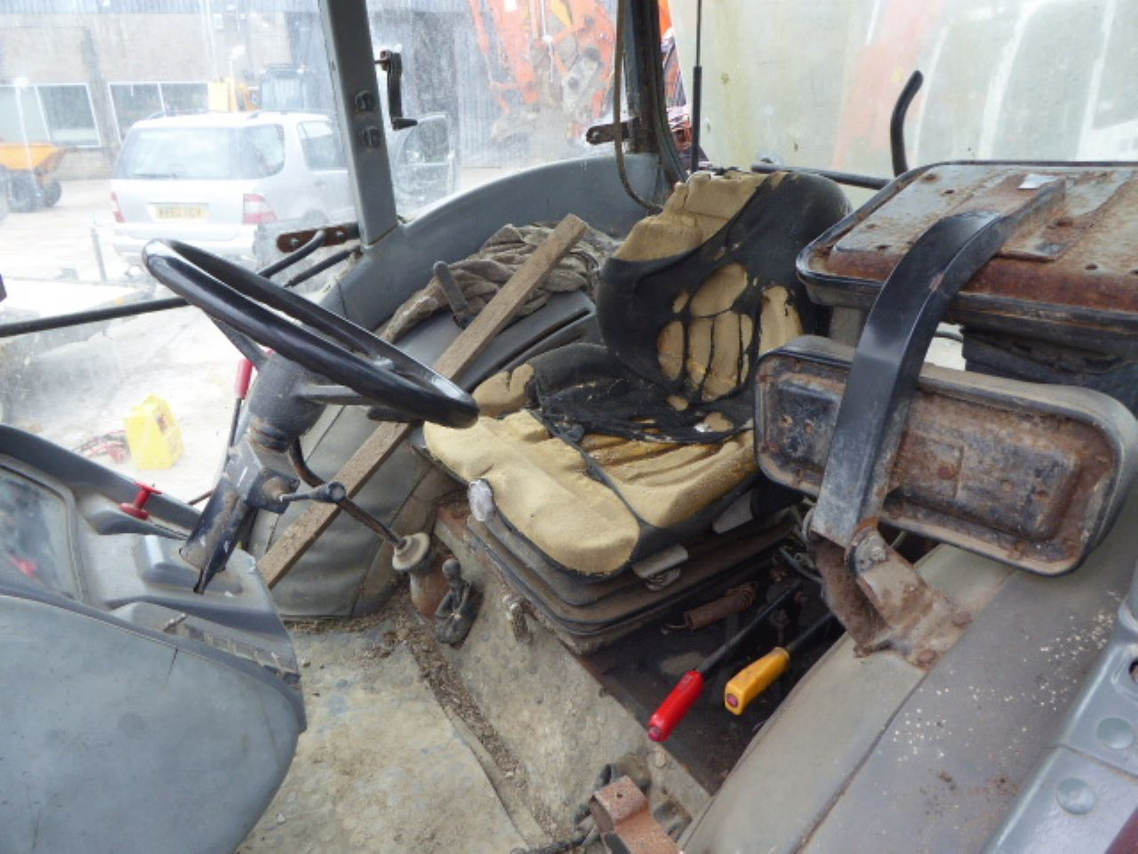 ZETOR 7421 TRACTOR - Picture 5