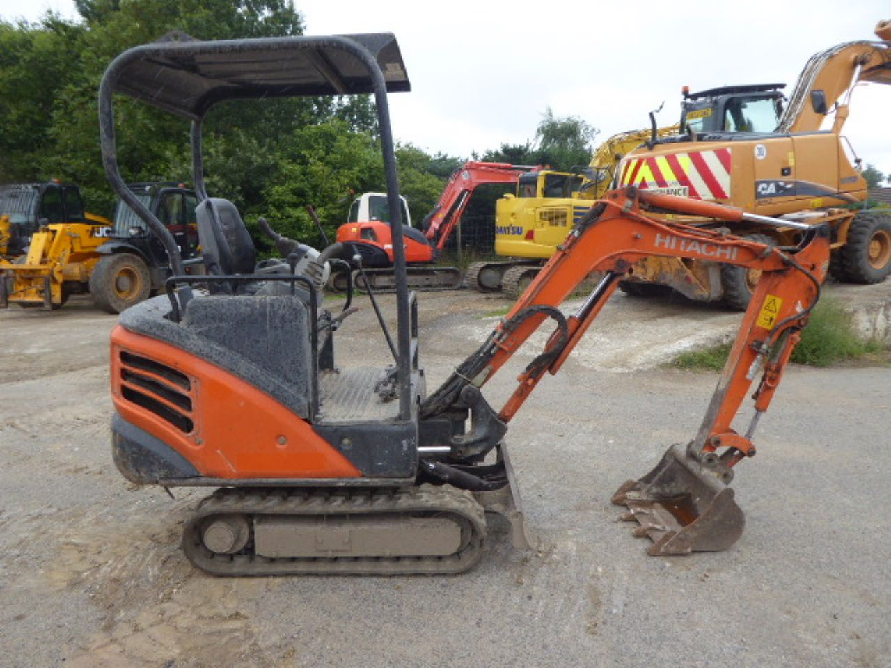 HITACHI ZX14-3 YLR MINI DIGGER