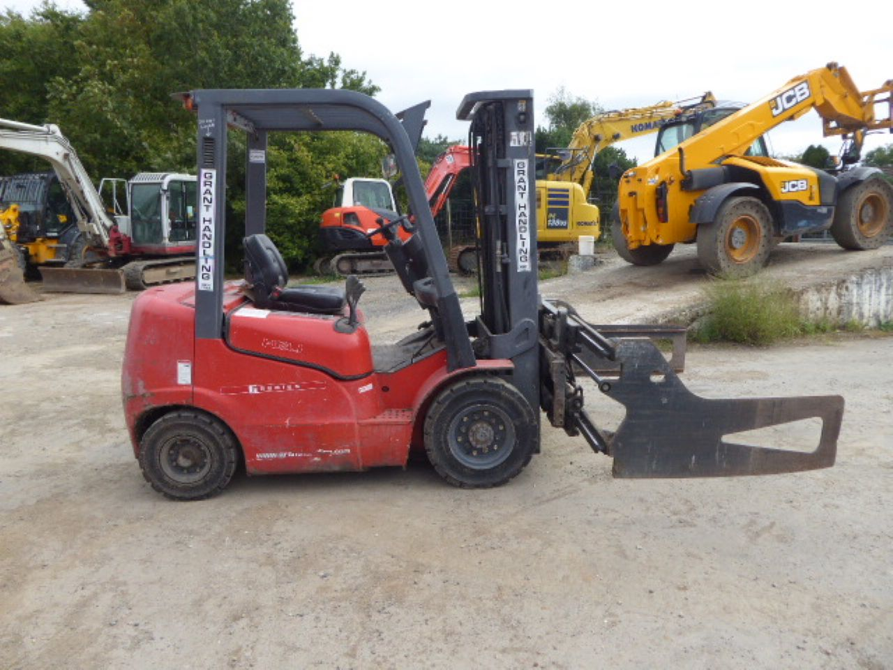 HELI FD20G DIESEL FORKLIFT - Picture 1