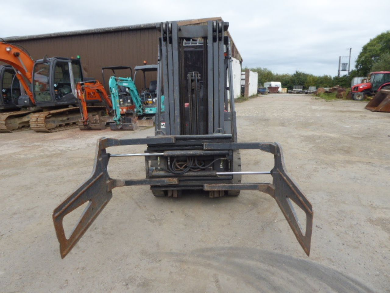 HELI FD20G DIESEL FORKLIFT - Picture 4
