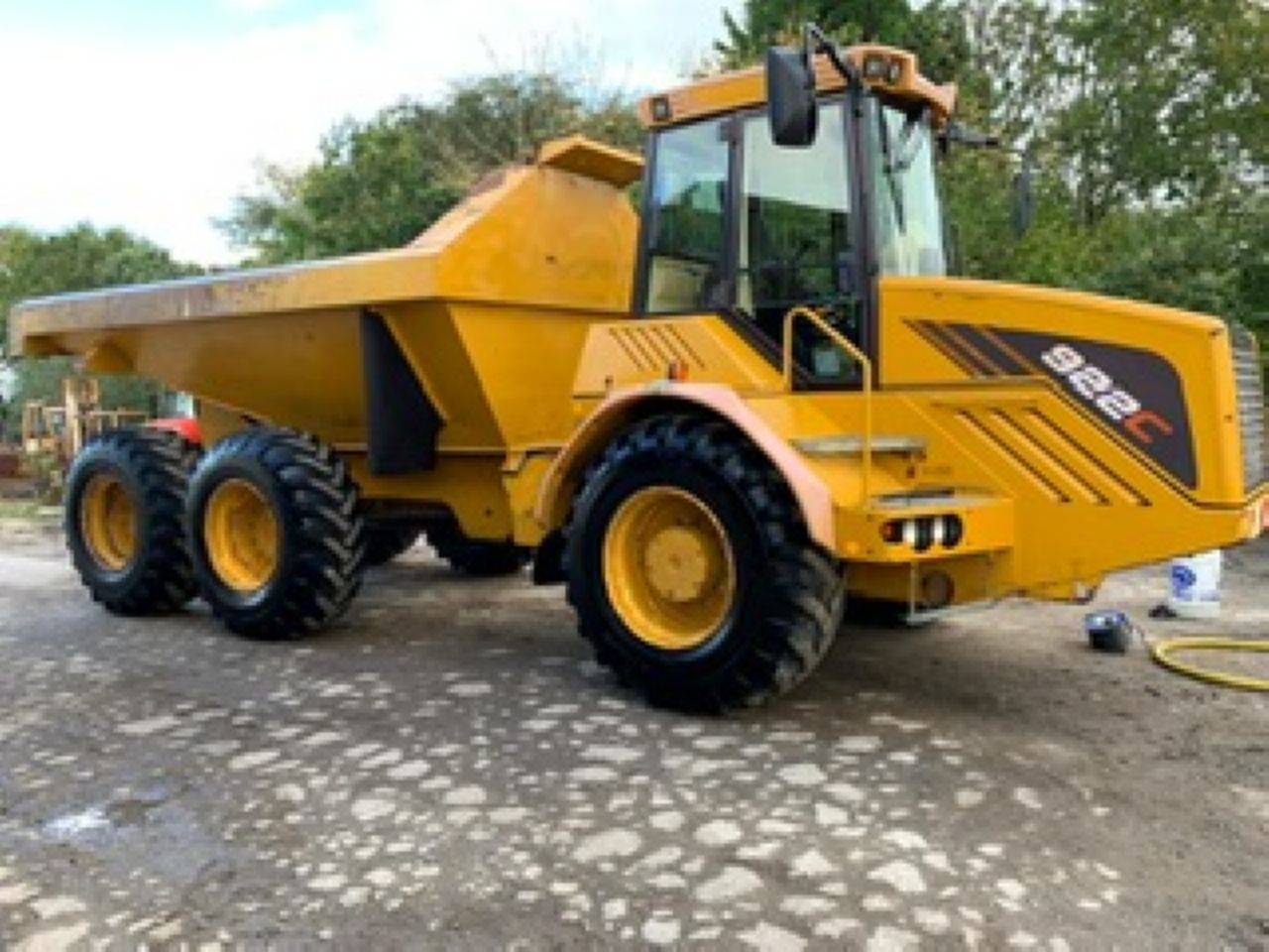 HYDREMA 922C ARTICULATED DUMPER
