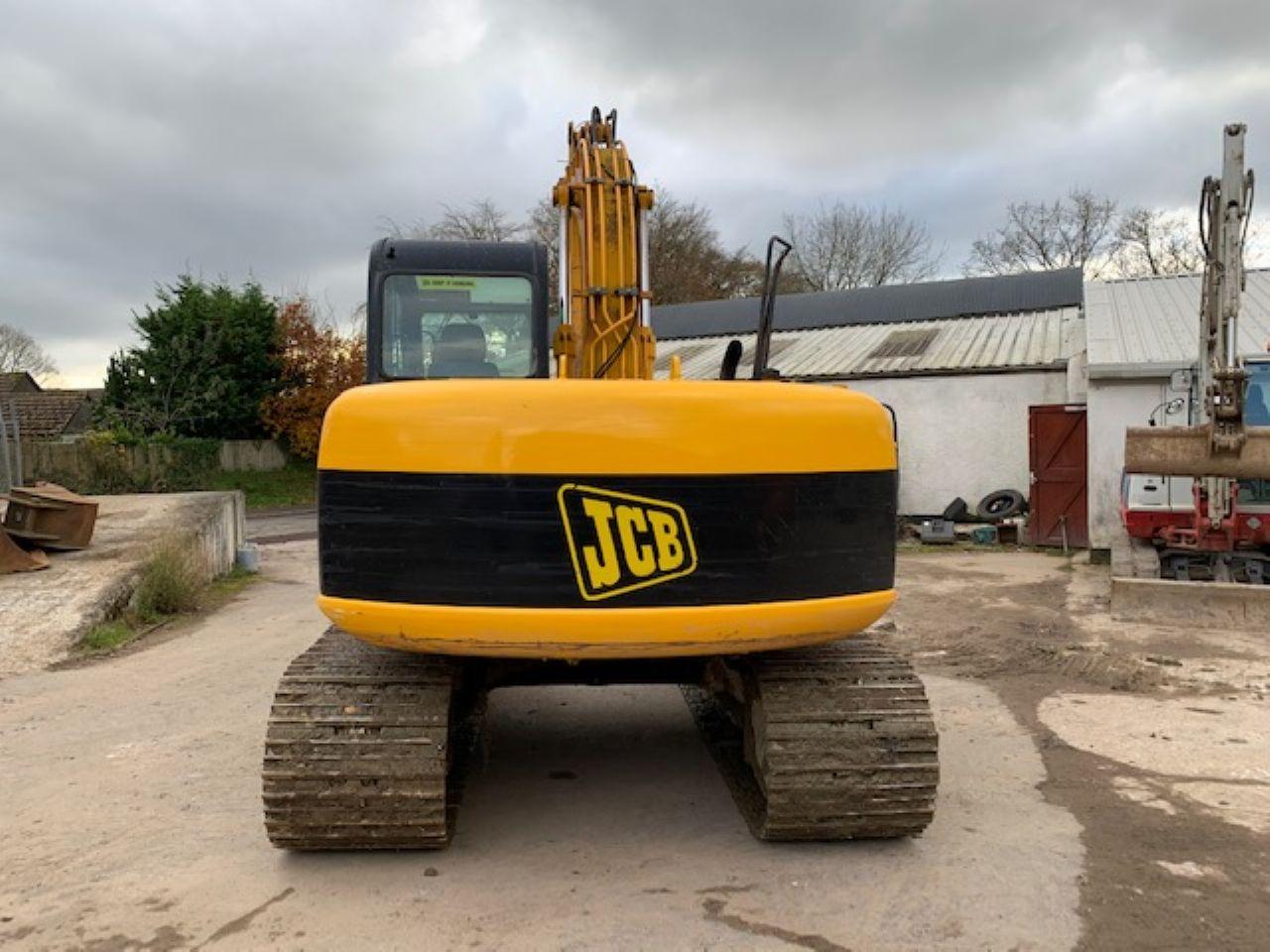 JCB JS130 EXCAVATOR - Picture 2