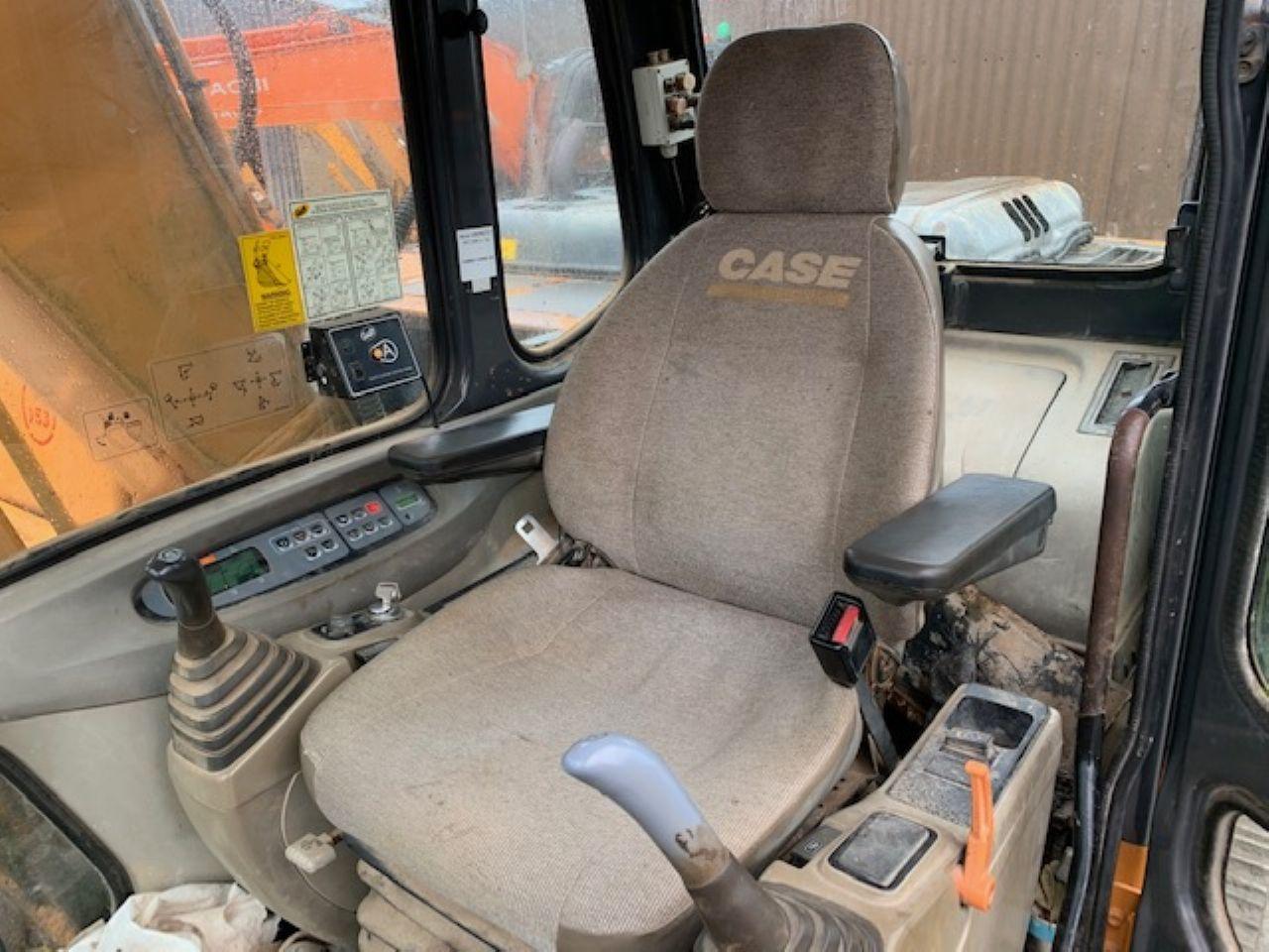 CASE CX130 EXCAVATOR - Picture 7