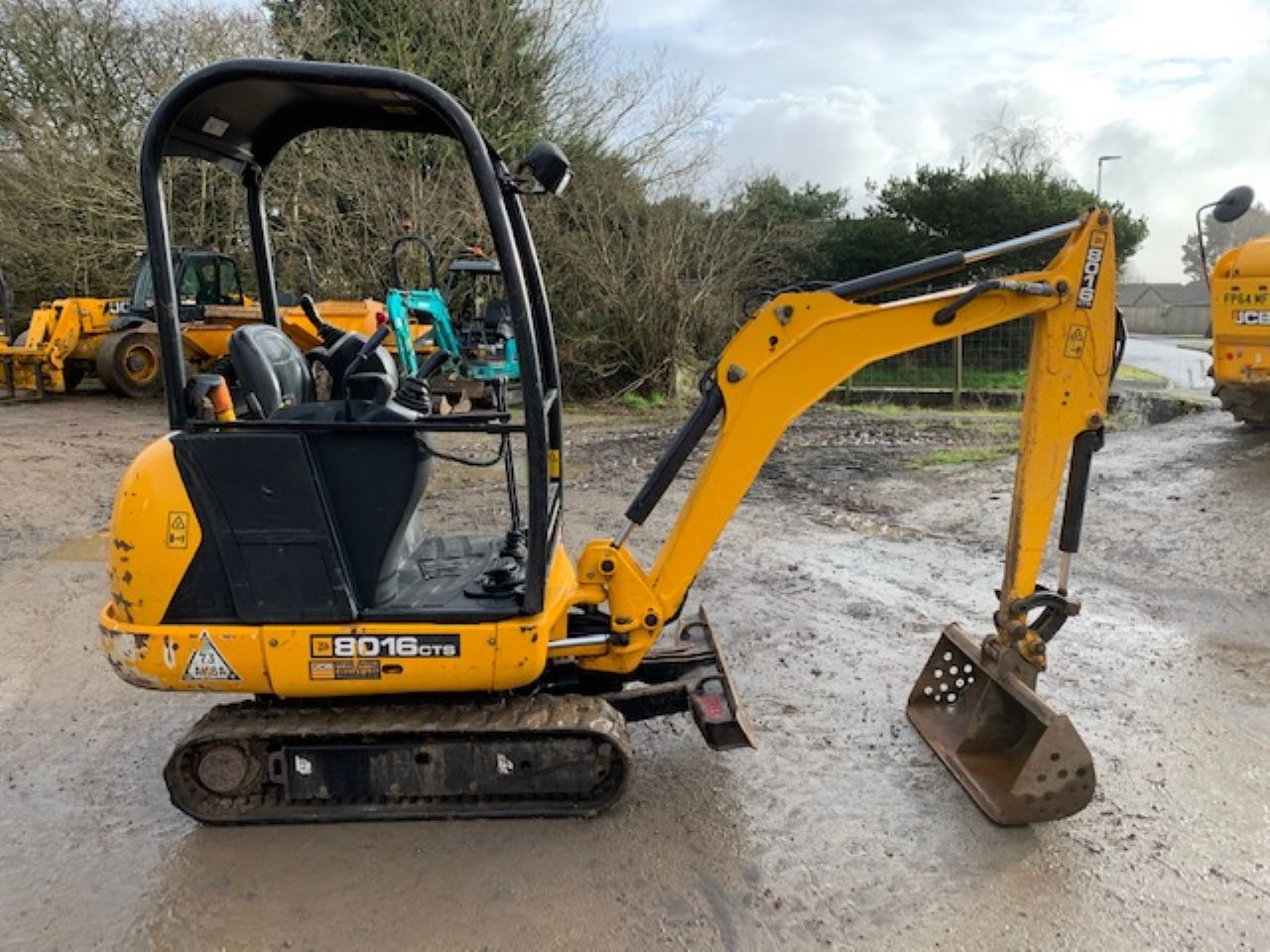 JCB 8016 CTS MINI DIGGER - Picture 1