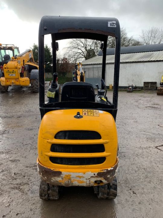 JCB 8016 CTS MINI DIGGER - Picture 2