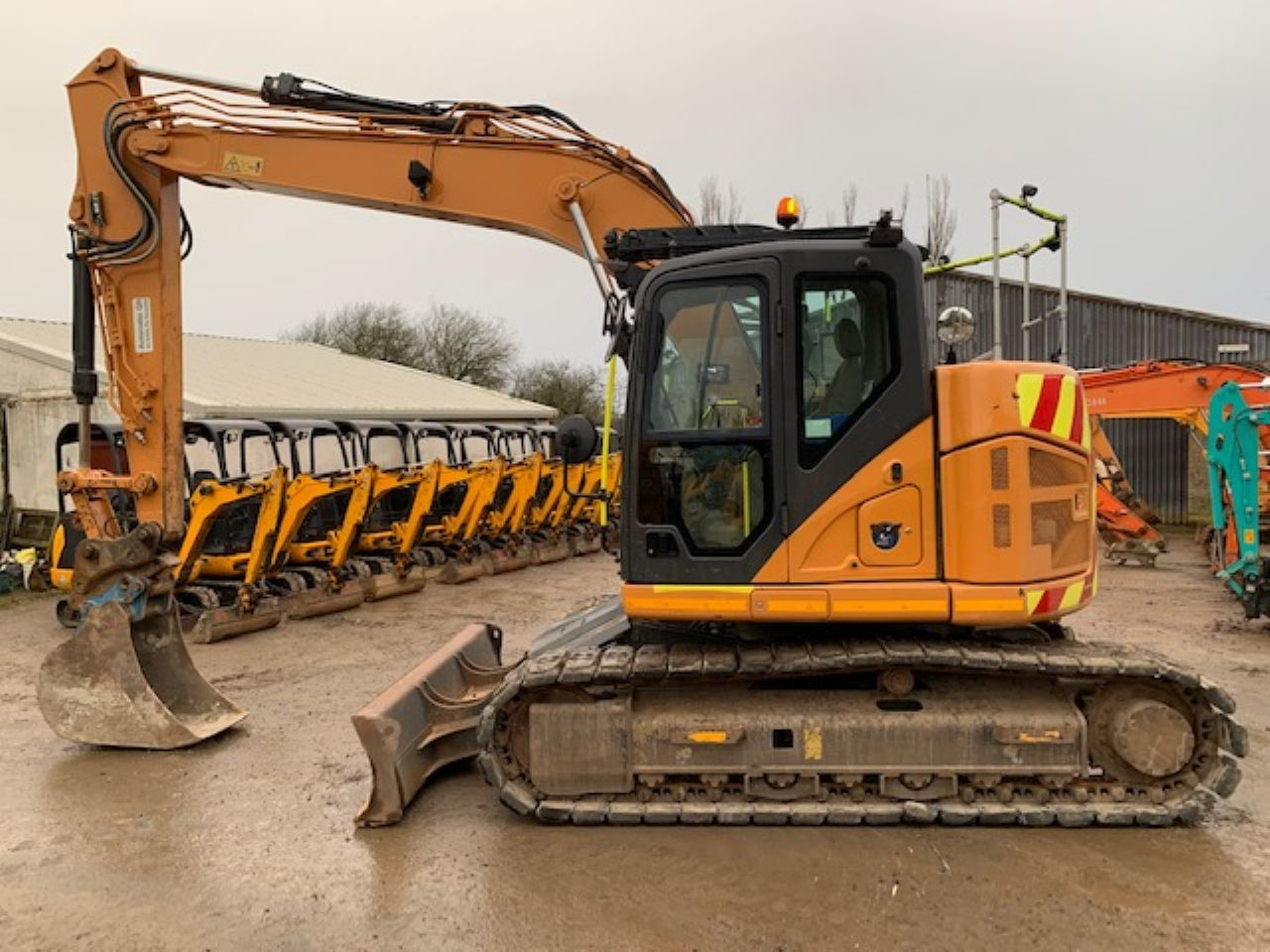 CASE CX145C SR EXCAVATOR - Picture 3