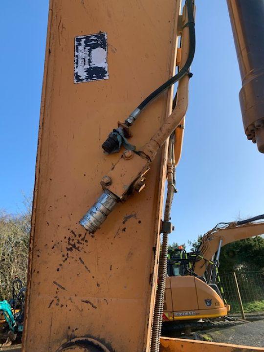 CASE CX235C SR EXCAVATOR - Picture 8