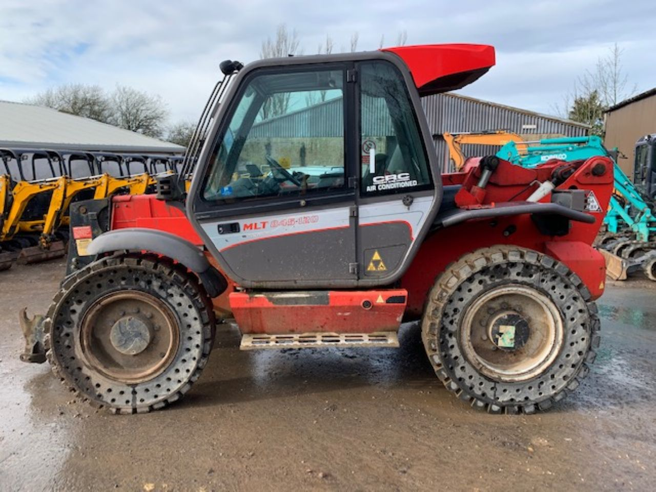 MANITOU MLT 845-120 TELEHANDLER - Picture 3