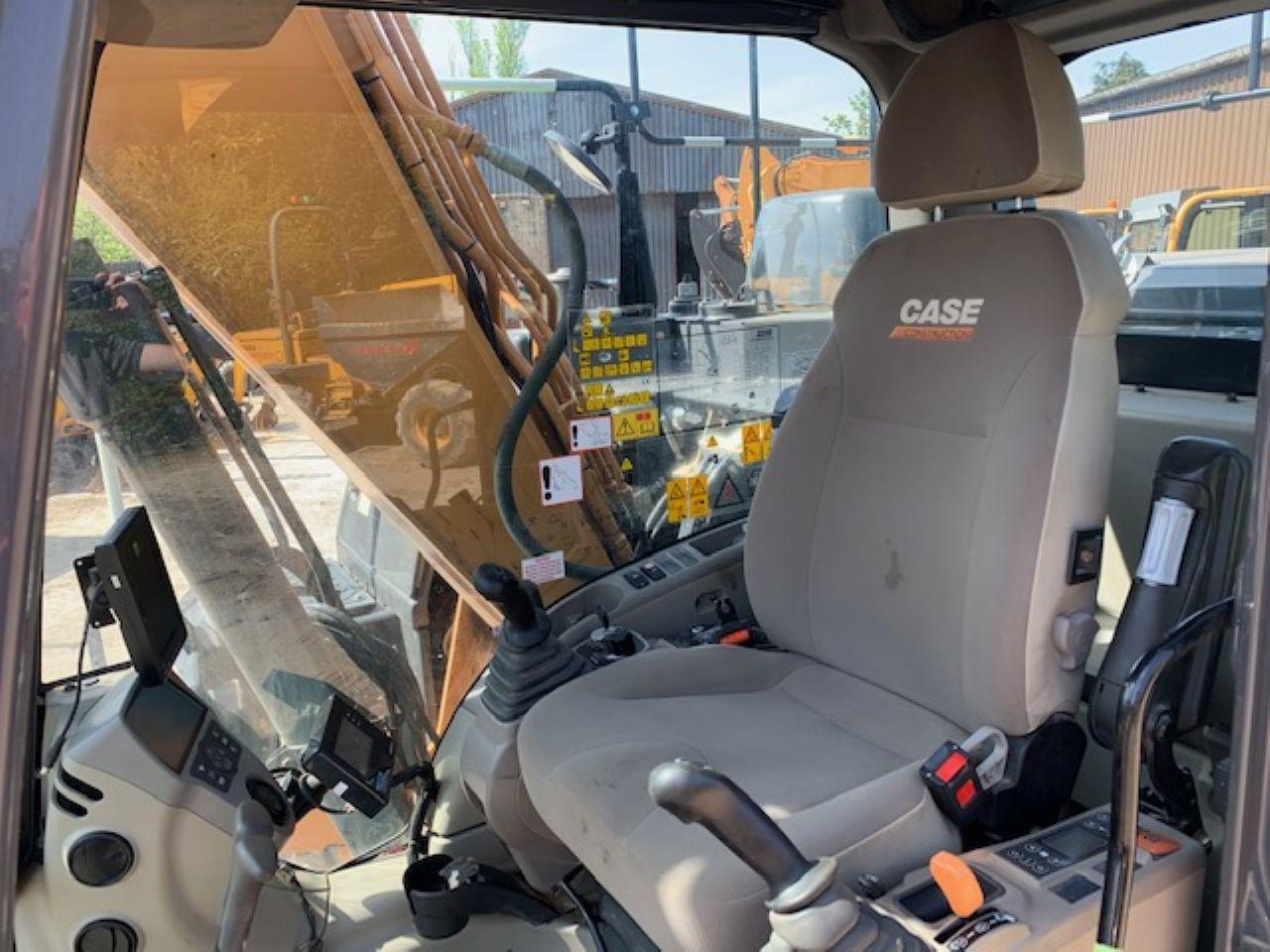 CASE CX130D EXCAVATOR - Picture 11