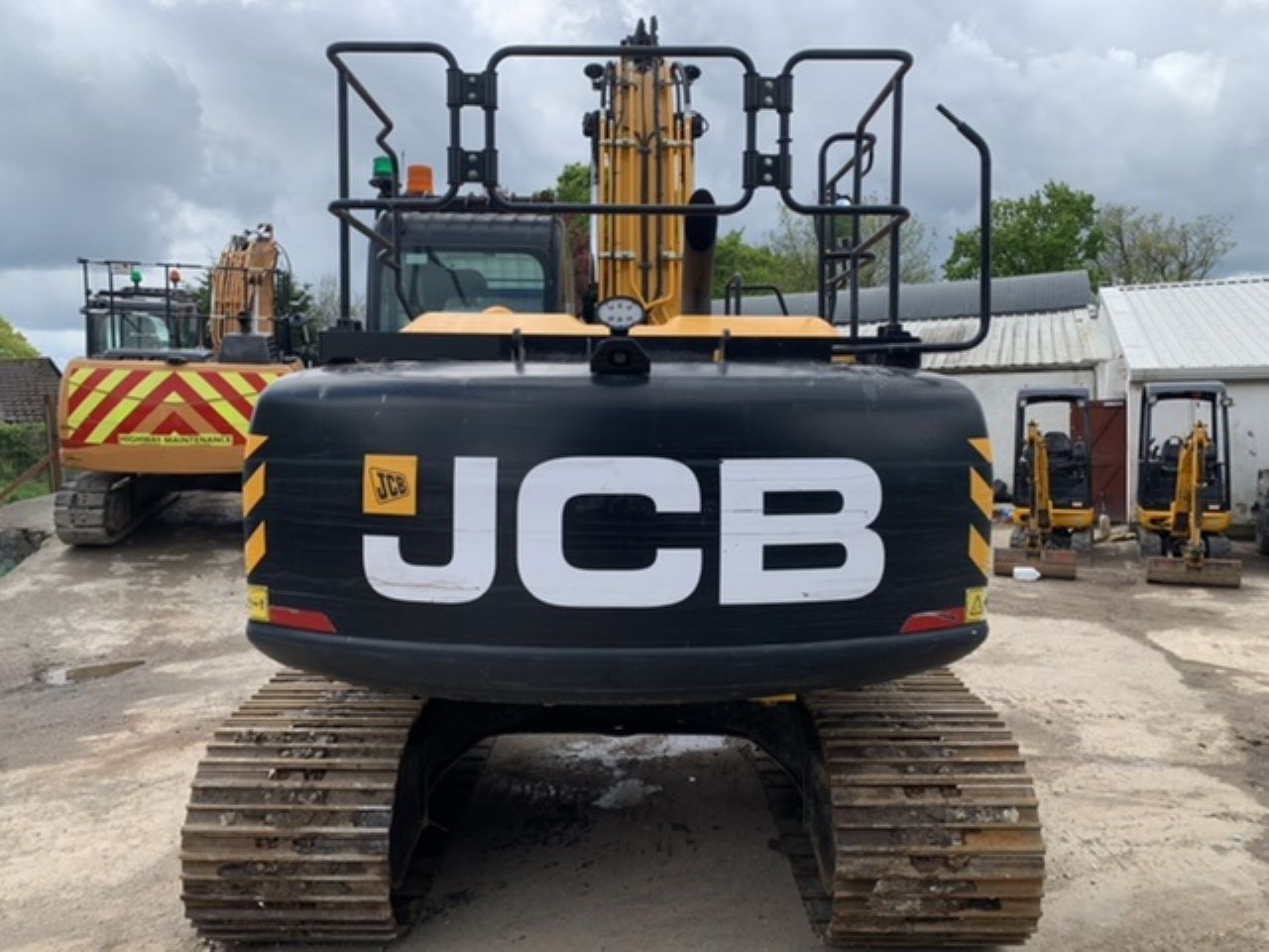 JCB JS160 EXCAVATOR - Picture 2