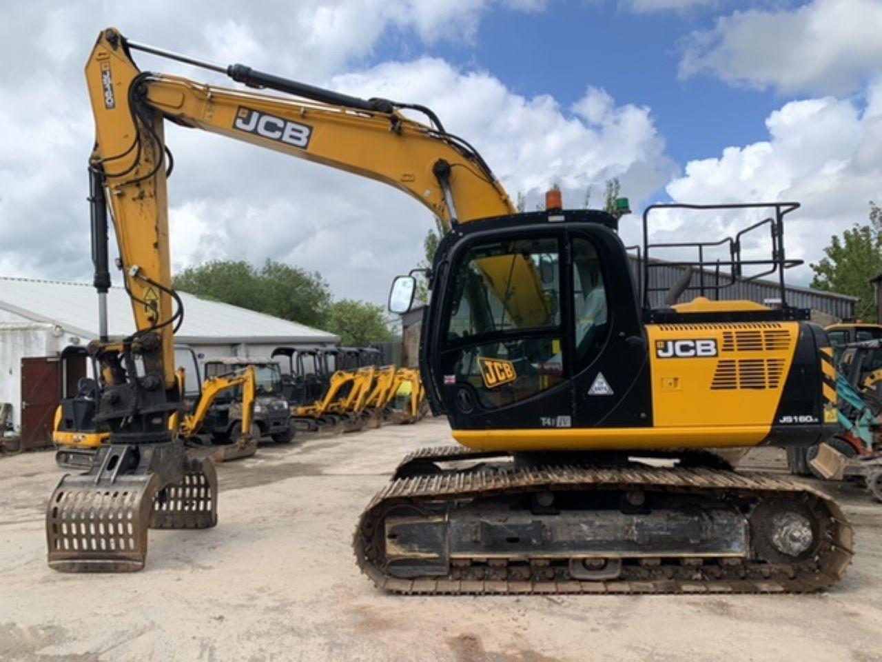 JCB JS160 EXCAVATOR - Picture 3
