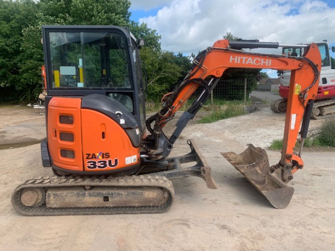 HITACHI ZX33U-5 CLR MINI DIGGER