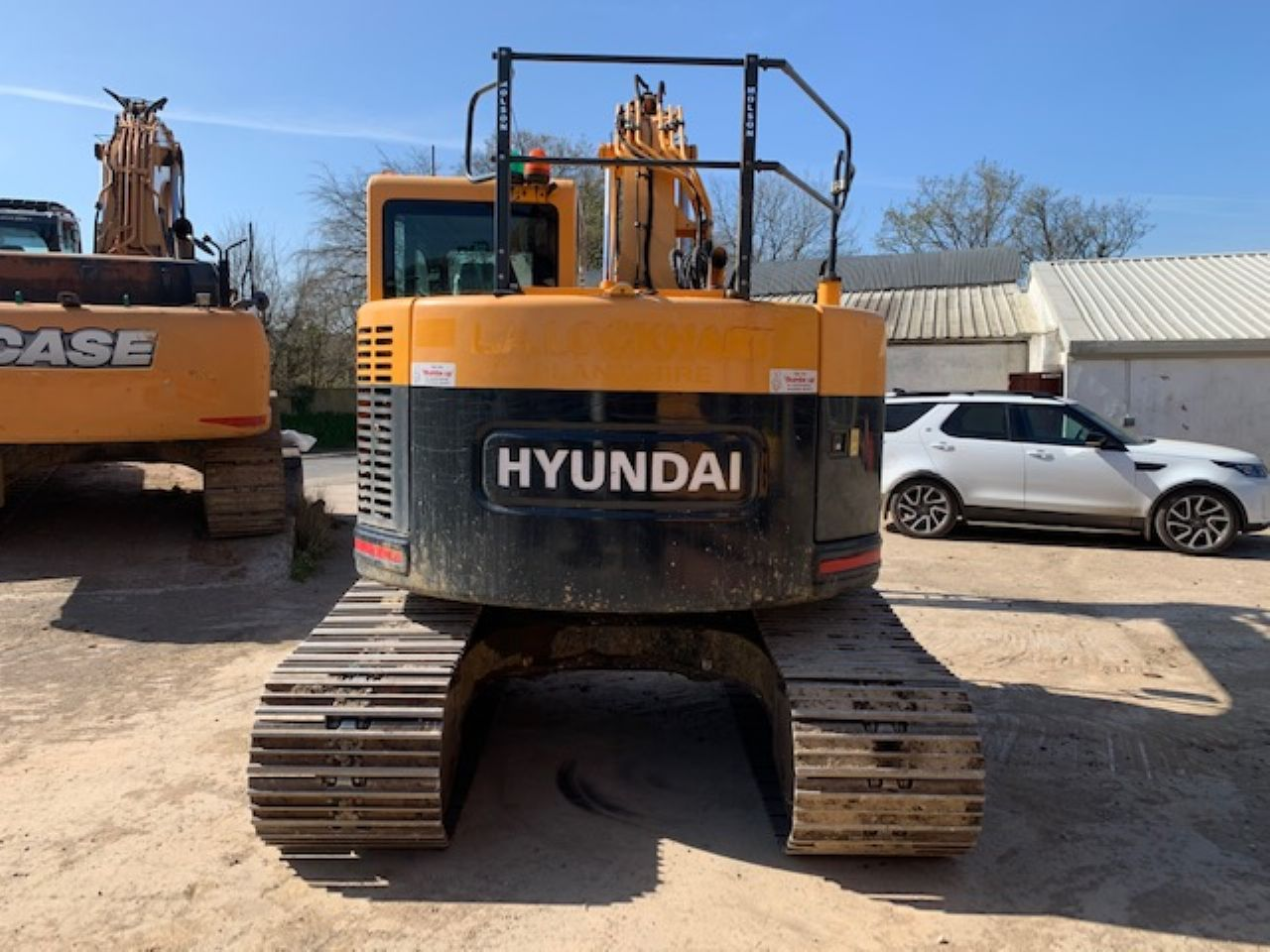 HYUNDAI R145LCR-9A EXCAVATOR - Picture 2