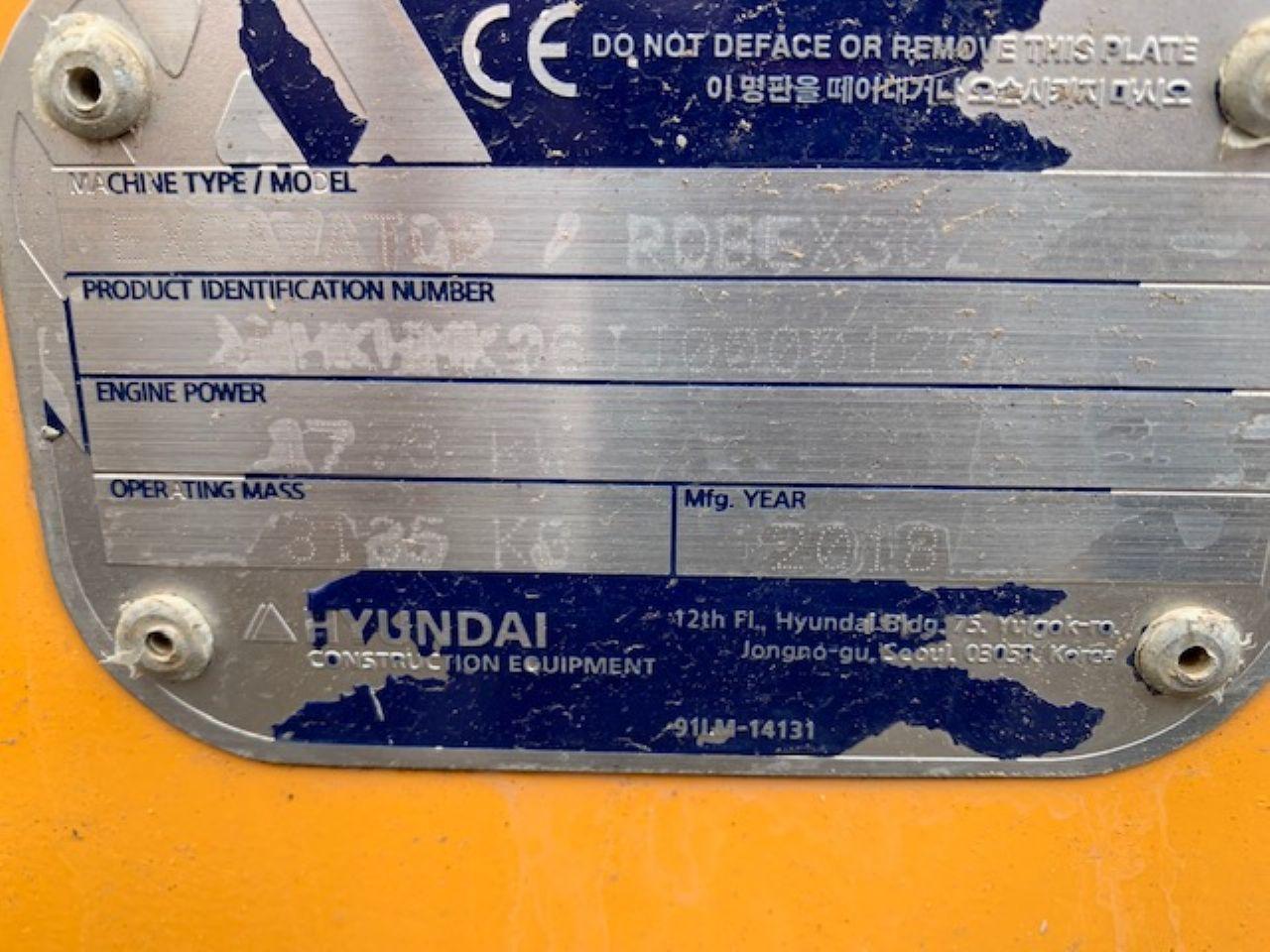 HYUNDAI ROBEX R30Z MINI DIGGER - Picture 6