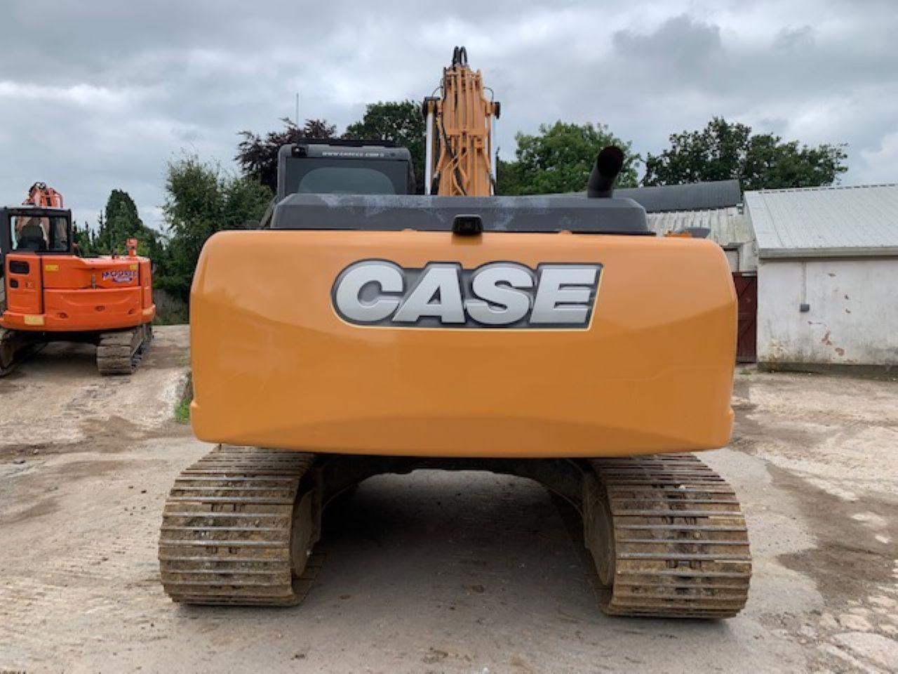 CASE CX210C EXCAVATOR - Picture 2
